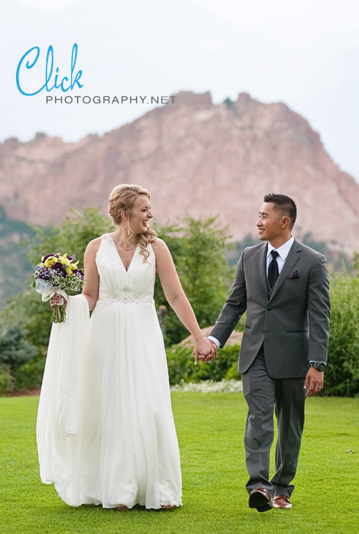 wedding at the Garden of the Gods Club