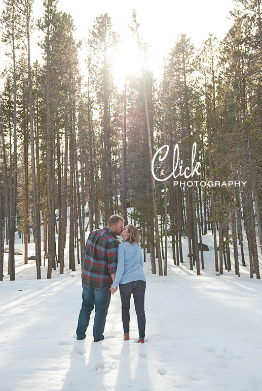Rocky Mountain National Park engagement portraits
