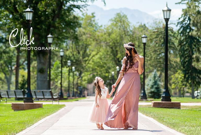 Colorado Springs family portraits at Colorado College